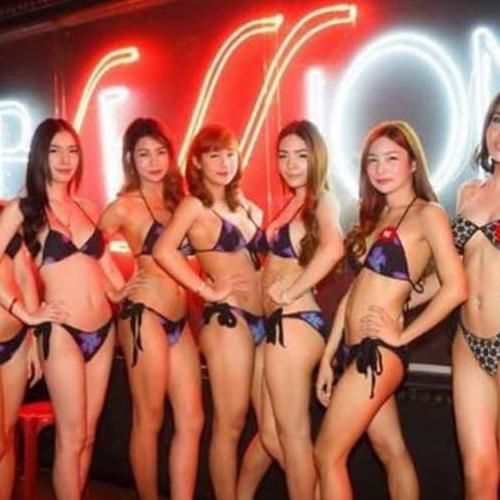 The best ladyboys bars in Bangkok